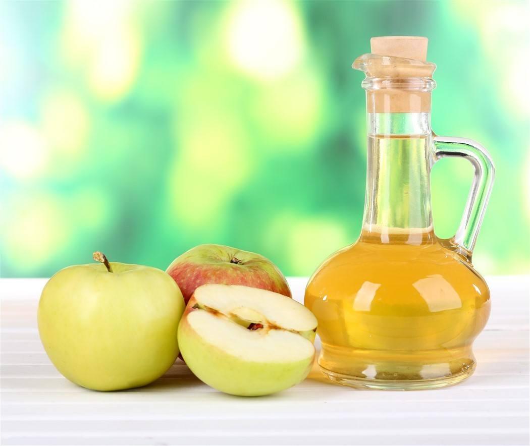 Apple Cider Vinegar Hair Rinse: Get Soft, Shiny and pH