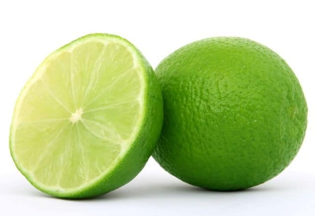 lime juice to lighten hair naturally