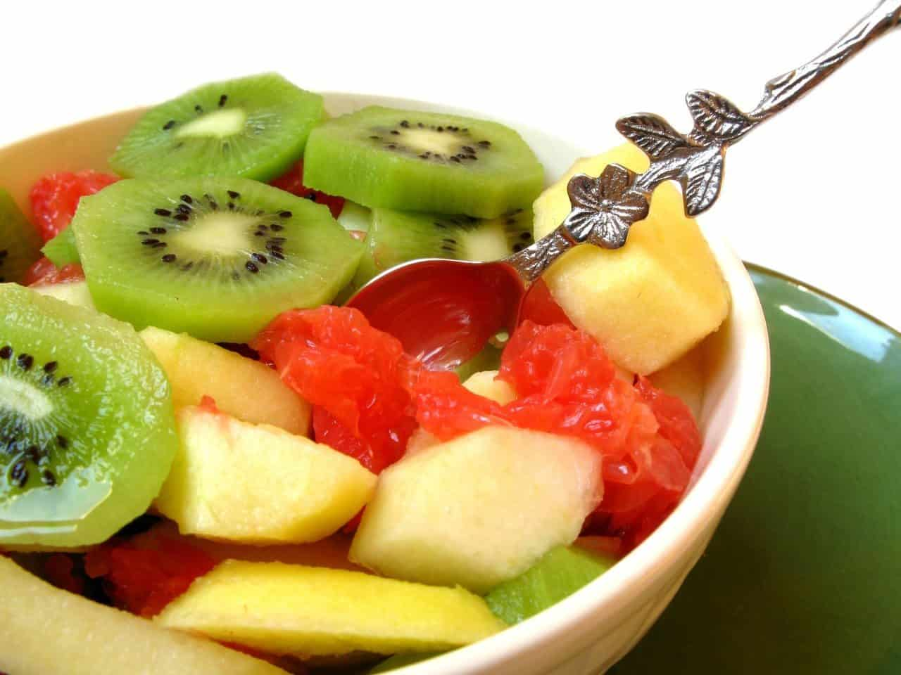 Fresh fruits to prevent grey hair