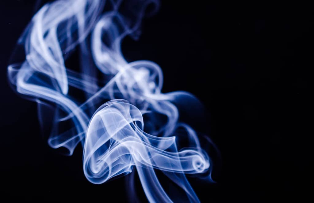 Smoking Causes Hair Greying